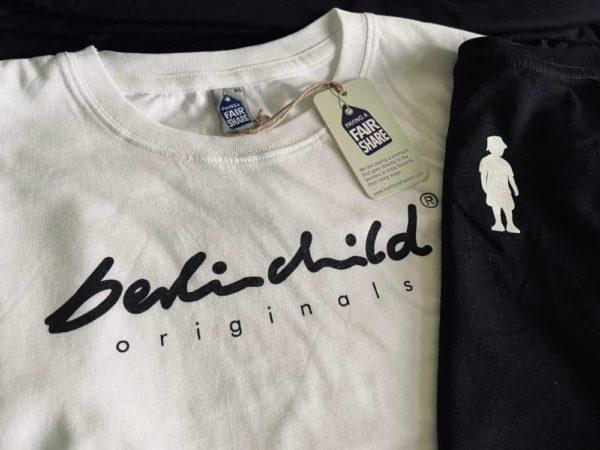 Weißes berlinchild T-Shirt